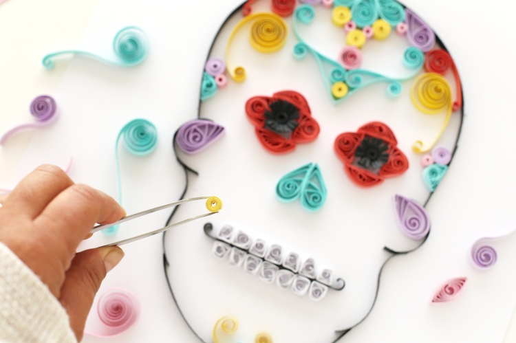 Dia de Muertos Paper Quilling Sugar Skull by Eva Pizarro for We R Memory Keepers