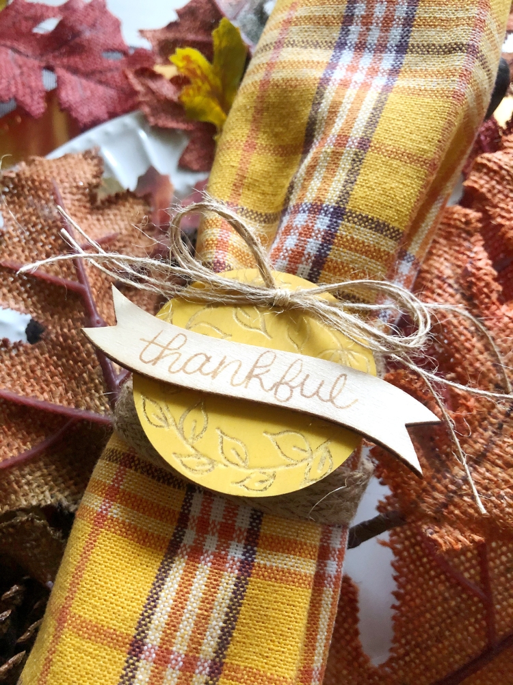 Make your own wood napkin rings for Thanksgiving with the Freestyle Pens and the Singe Quill by We R Memory Keepers