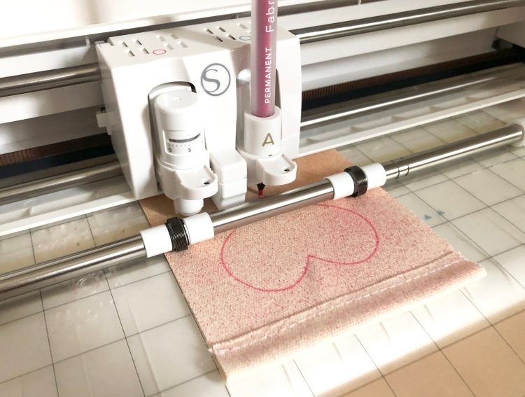 Valentine's Day Banner with the Fabric Quill by Kimberly Crawford for We R Memory Keepers